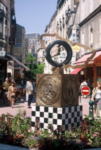 Le Mans-24 Heures-Memorial in der Innenstadt