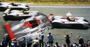 Le Mans 2000: Zielankunft und Onyx-Modell des Siegers