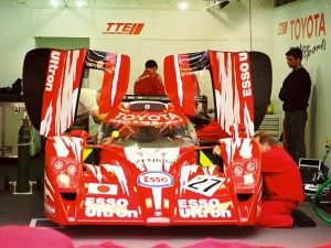Le Mans Pits: Toyota GT-One