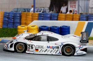 Sieger 1998: Porsche 911 GT1/98 Nr. 26, Modell: Minichamps
