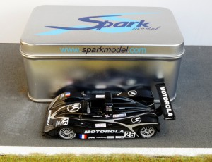 Lola T98 (Le Mans 1999) - eines der ersten Spark-Modelle, Verkauf in Metallschachtel
