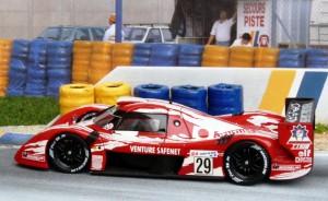 Bis Sonntagmittag in Führung: Toyota GT-One Nr. 29 (Boutsen-Kelleners-Lees), Modell: Onyx (Vitesse)