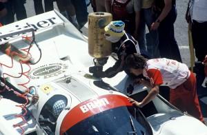 Brun Porsche 956