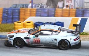 Aston Martin DBR9 (Le Mans 2008), IXO