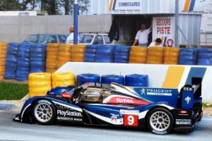 2. Platz in Le Mans 2011: Peugeot 908 (Modell: Spark)