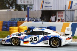 2. Platz in Le Mans: Porsche 911 GT1/96 (Minichamps)