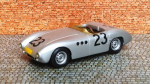 """Borgward 1500 RS (1958), altes Resine-Modell von """"hm"""""""