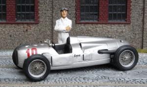 Auto Union Typ A (zum Vergleich: Modell von John Day)