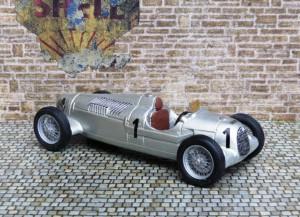 Auto Union Typ C, Eifelrennen 1937 (Rosemeyer) (Modell: John Day)