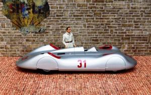 "Auto Union Typ C ""Avus"" (1937, Rosemeyer) (Modell: Minichamps)"