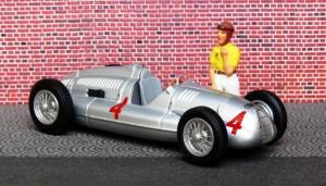 Auto Union Typ D (Donington 1938, Nuvolari) (Modell: Minichamps)