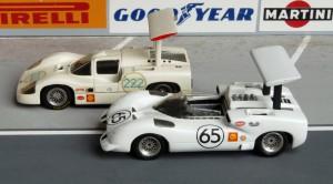 vorn: Chaparral 2E, Canam-Saison 1966 (Modell: Bausatz von John Day), hinten: Chaparral 2F, Targa Florio 1967 (Marsh Models)