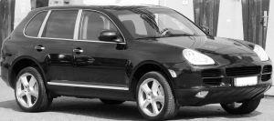 1280px-Porsche_Cayenne_S_2004_Seite